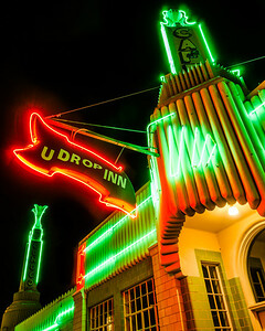 U Drop Inn