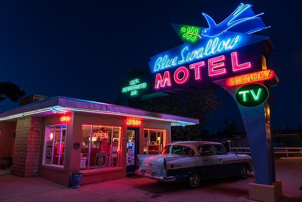Blue Swallow Motel
