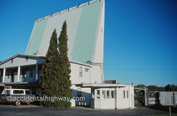 Westfield Drive-In Motel<br /> Westfield, New York<br /> <br /> © jan albers | all rights reserved