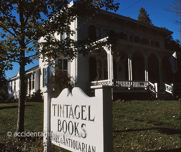 Tintagel Books East Springfield, New York  © jan albers   all rights reserved