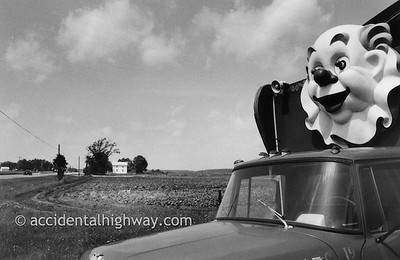 Eyes on the Road Northwestern Ohio  © karen e. titus   all rights reserved