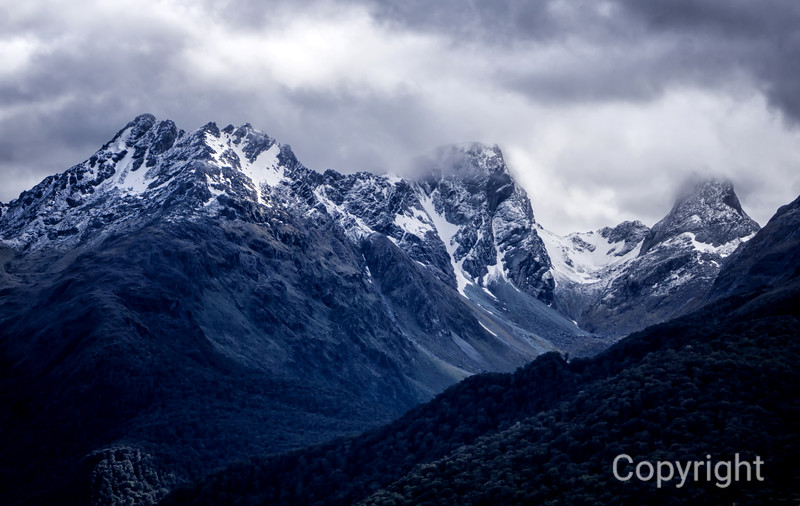 Routeburn Track Mountains