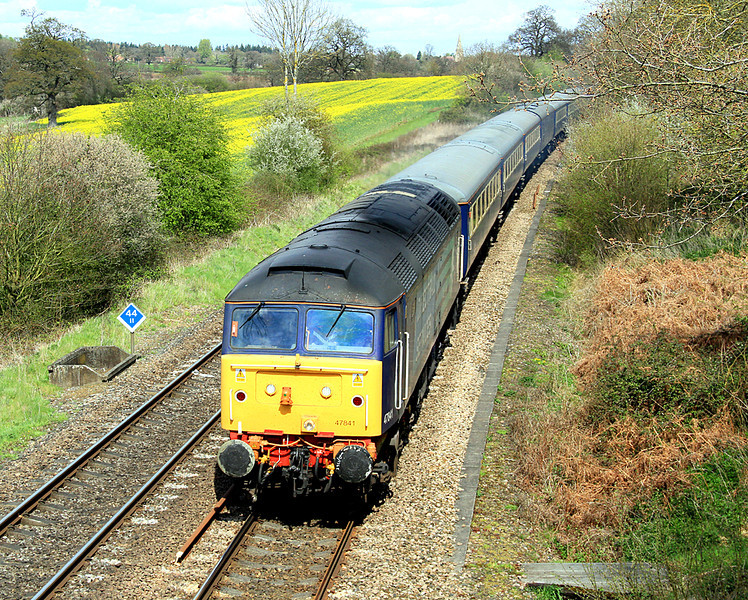 47841 at Silchester with the Edinburgh to Southampton Western Dock boat train - 1Z73.  21/04/12.