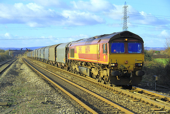 Another shot of 66094 with 6O32.  This was taken from the west end of the down platform at Pilning Station.  6/01/2013.