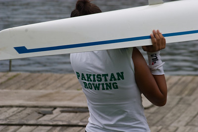Down to the water in the uniform of the day.  Even though the girls were rowing as Fairmount Rowing Association, they wore Paksitan colors since the Fairmount unisuits were not ready.