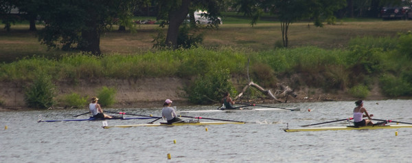Midway through the race, Kiran was still close to some very steller rowers.
