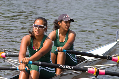 As soon as Aisha hopped out of the single, it was back into a double for a 3 mile row to the start.