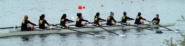 Carolyn's Junior Eight on their 4Km row  to the start line