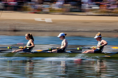 Navy raced in the D final.  I experimented with slow shutter speeds but did not want to risk this in the Yale races.