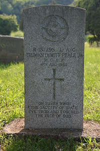 Truman DeWitt Peale of the Royal Canadian Air Force in the Palestine, TX City Cemetery. Died at age 26.