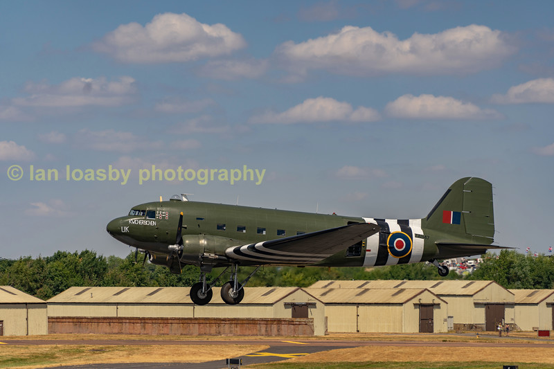 The RAF's BBMF' is painted in the liveery of FZ692 of No233 sqn around the DDay period. Dak'