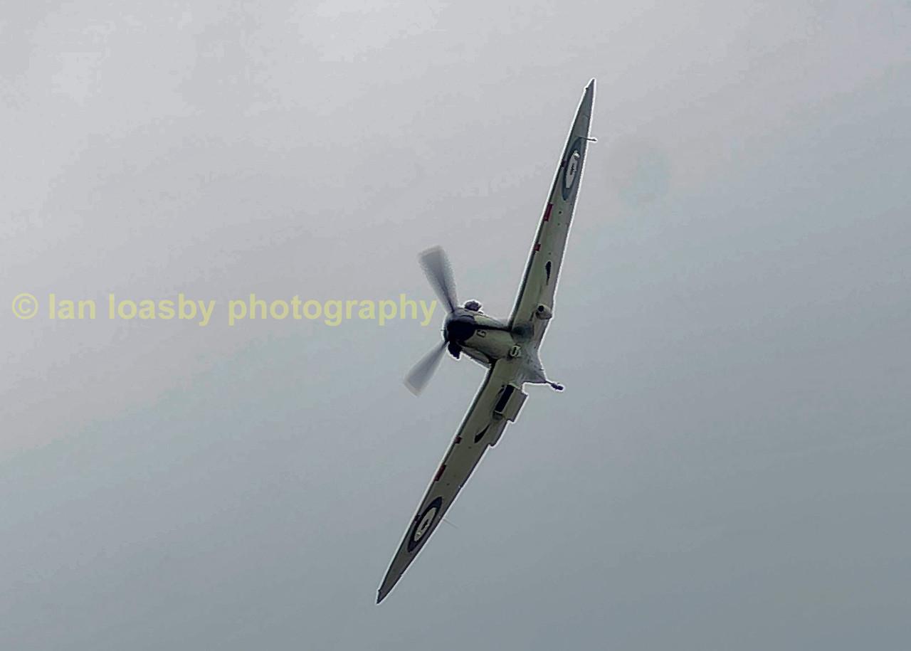 Supermarine Spitfire;      Top speed: 584 km/h Introduced: 1938 Retired: 1952 Wingspan: 11 m Designer: R. J. Mitchell Manufacturer: Supermarine Engine types: Rolls-Royce Merlin, Rolls-Royce Griffon