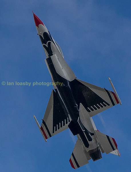 Thunderbird 6 goes vertical.