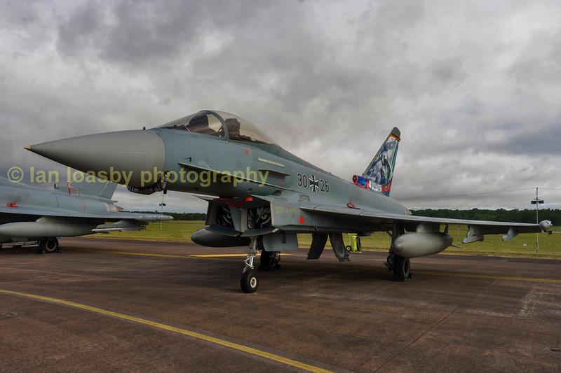 Luftwaffe Eurofighter EF2000  (typhoon)   30 + 26