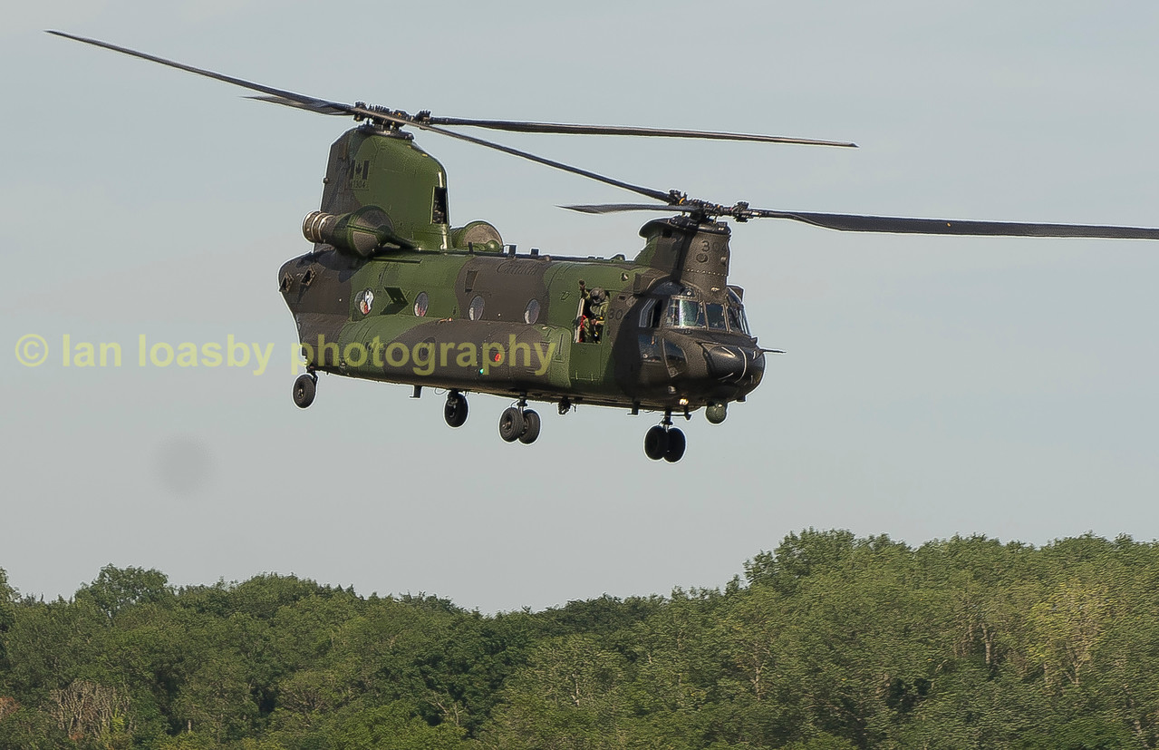 RCAF Chinook of 450 Sqn  departs RIAT