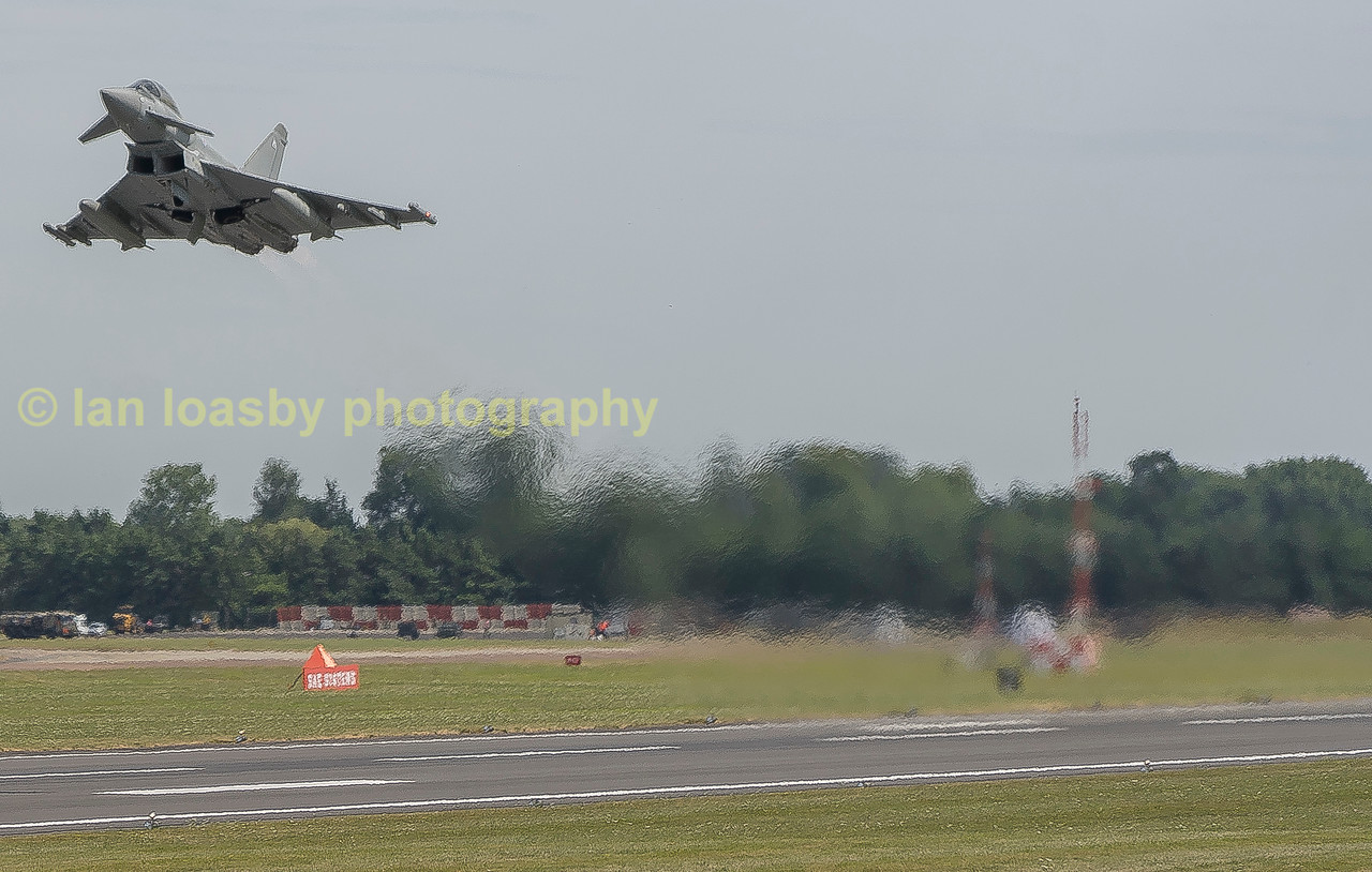 Typhoon FGR4 ZK 334 seems in a hurry to get back to (1F) Sqn