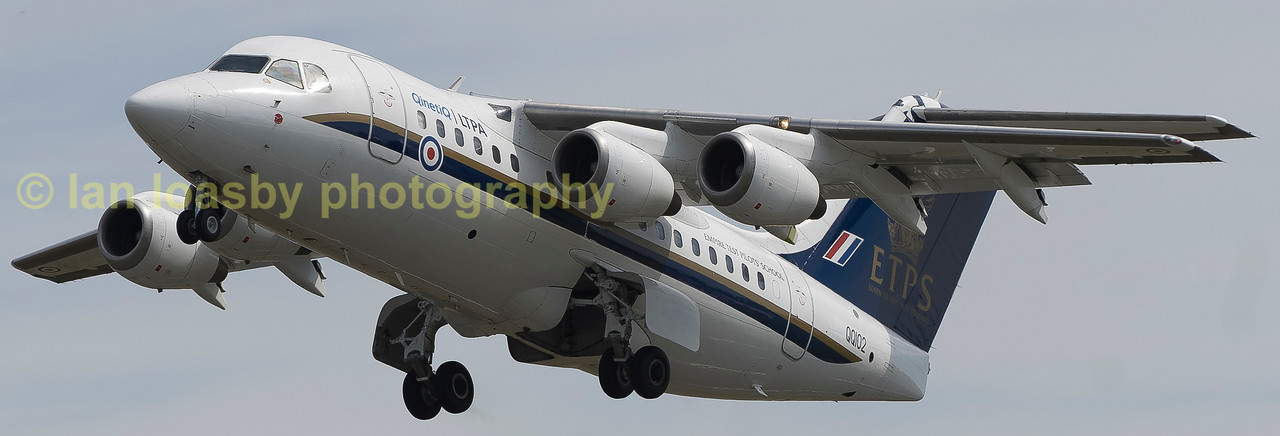 QQ102 a RJ70 of the European  test  pilot school at Boscombe Down departs RIAT 2017