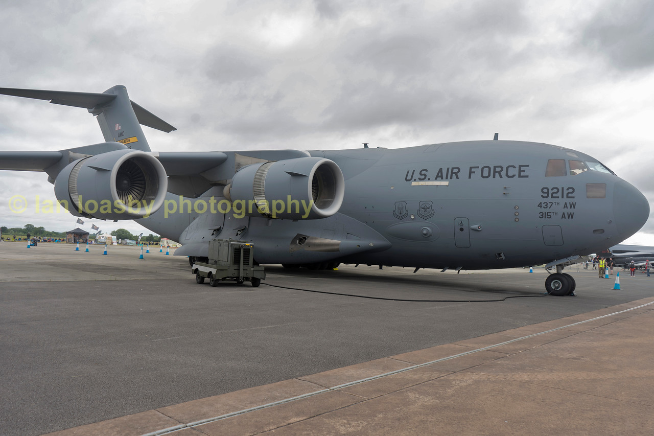C-17 Globemaster III  09-9212 from  701 Airlift sqn , 437 Airlift wing ,  Charlston ,  USAF Reserve d command.