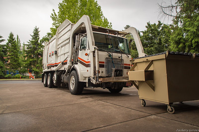 Royal Refuse Volvo WX Wittke Full Pack Front Loader
