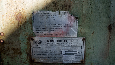 1971 Mack MB Gar Wood Cable Roll Off