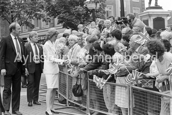 Diana Princess of Wales at Aylesbury May 25th 1989