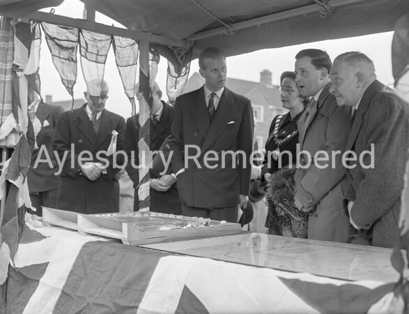 Duke of Edinburgh opens Edinburgh Playing Field, Oct 14th 1952
