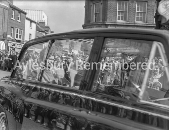 Queen at Aylesbury, Market Square, Apr 6th 1962
