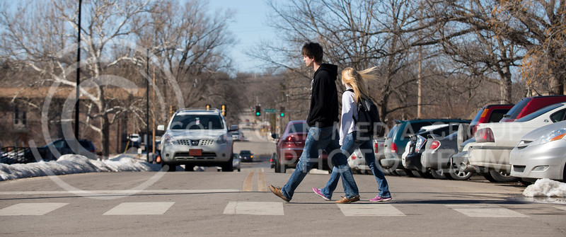 Students cross College Heights Rd on campus on Feb. 17.