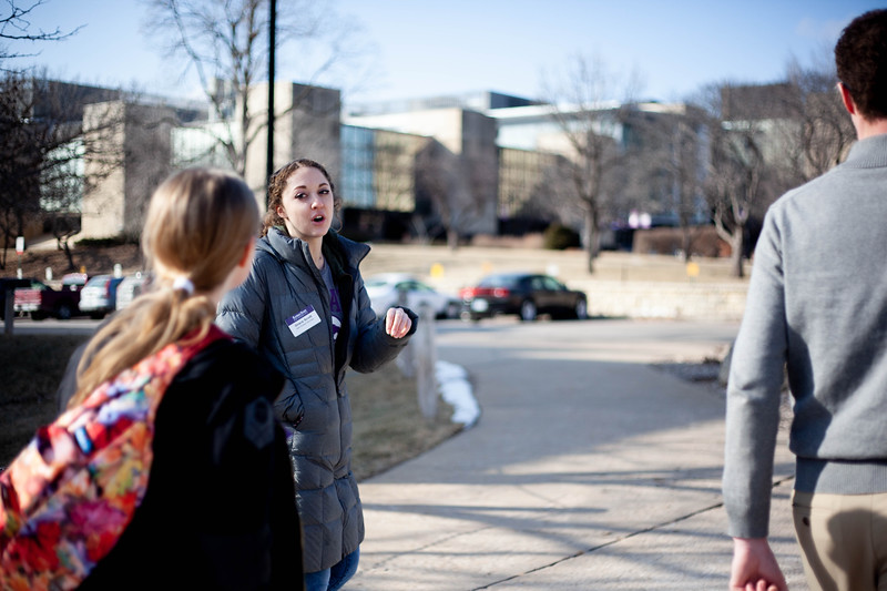 Grace Scoot, sophomore in Social Work, talks to perspective student about different halls at K-State. <br /> (Alanud Alanazi   Collegian Media Group)