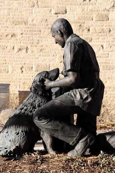 A statue in Kansas State's vet school courtyard.(Monica Melber | Collegian Media Group)