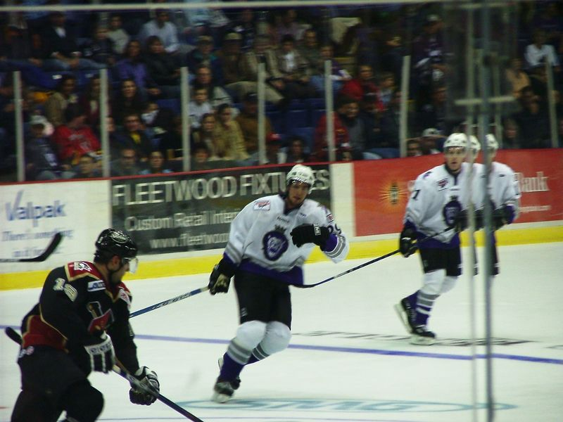 Home vs Nailers 11-12-04 035