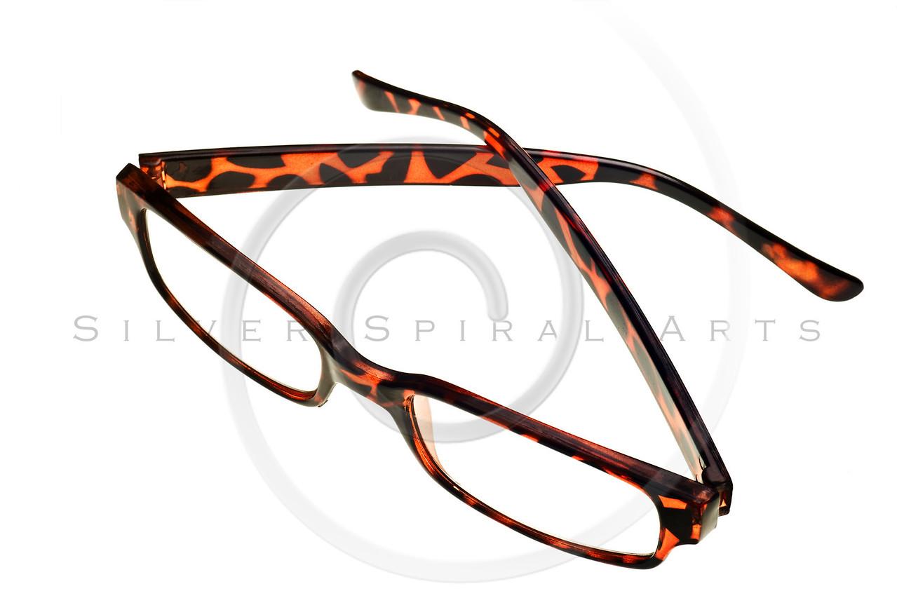 tortoise reading glasses