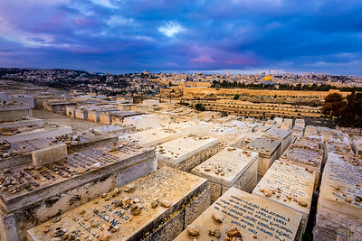 Mount of Olives Cemetery and the Old City
