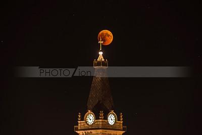 Red moon eclipse over Jerusalem