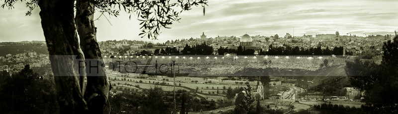 Jerusalem in black and white