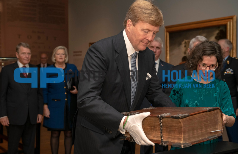 10-11-2018 King Willem Alexander at the start of Ode to the Synod the celebration of 400 years of the Synod of Dordrecht 1--11-2018 400 years of the Synod of Dordrecht