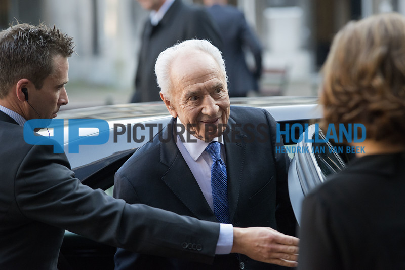 President Simon Peres of Israel visiting the Dutch parliament