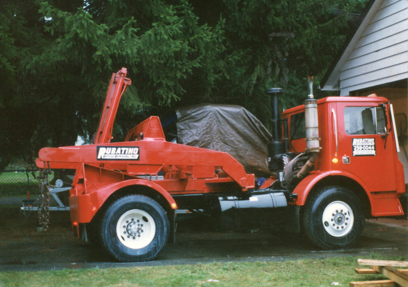 Mack Container Lugger Truck