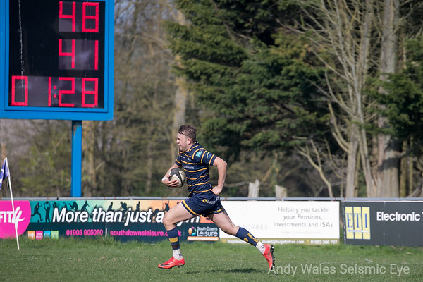 Worthing Raiders v Henley 140418-0839