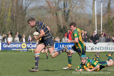 Worthing Raiders v Henley 140418-0741