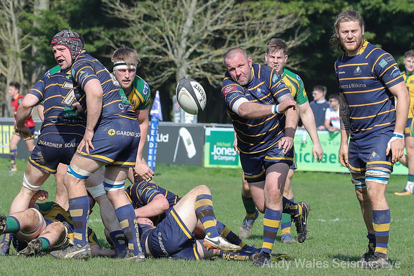 Worthing Raiders v Henley 140418-0474