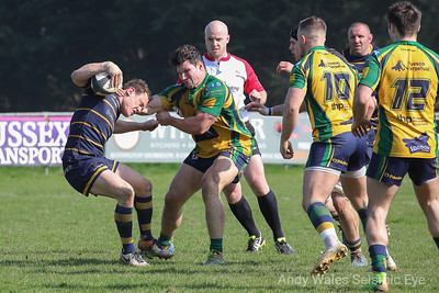 Worthing Raiders v Henley 140418-0560
