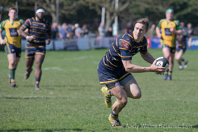 Worthing Raiders v Henley 140418-0322