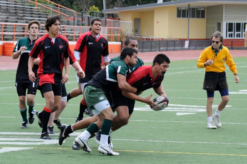 2011 - PenGreen vs Diablo - Colin Palmquist tackling the opposing scrumhalf assisted by Leo Vaitai.