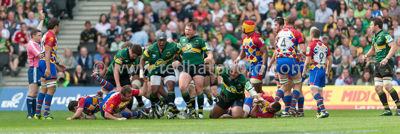 https://photos.smugmug.com/Rugby-Union/Rugby-Union-Season-2010-11/Northampton-Saints-vs-USAP/i-XZGn3dN/0/L/LR3_DSC_8261_001-L.jpg