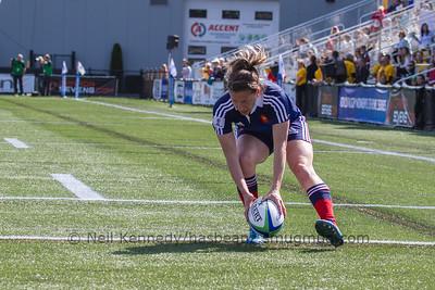 Christelle Le_Duff scores a try