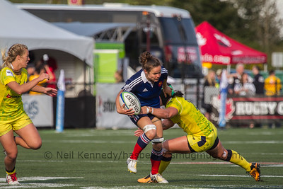 Camille Grassineau is tackled