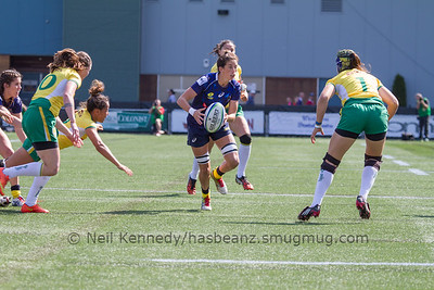 Alicia Quirk with the ball
