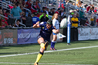 Sharni Williams kicks a conversion attempt