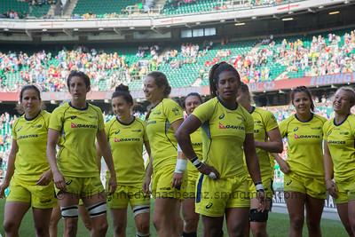 Aussie girls before the final at Twickenham, left to right. Shannon Parry,Alicia Quirk,Emilee Cherry, Chloe Dalton,Sharni Williams, Ellia Green, Nicole Beck,Tiana Penitani,Emma Tonegato